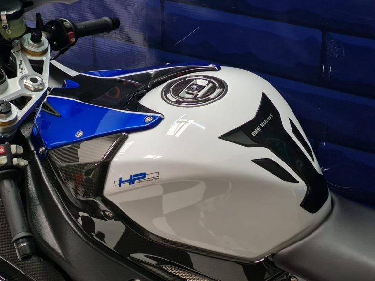 BMW S1000RR HP4 COMPETITION